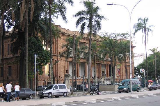 Ibis Paulista: Pinacoteca - Sp