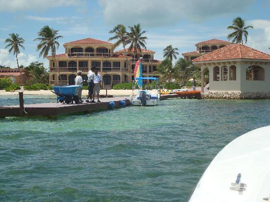 Coco Beach Resort: Resort