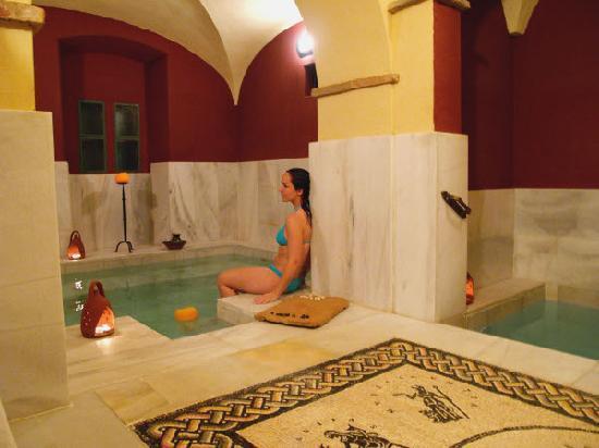 Baños Romanos Badajoz:Relajada en las termas – Picture of Aqua Libera, Aljucen – TripAdvisor