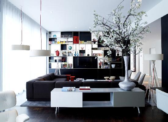 citizenM Glasgow: Living Room by Vitra
