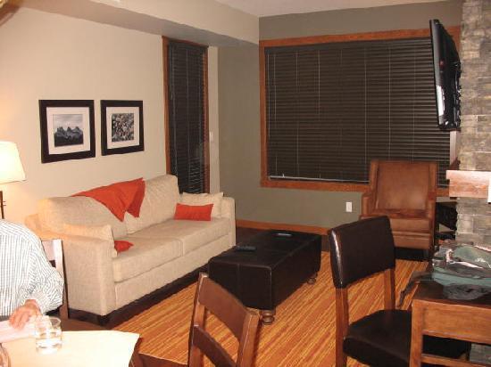 Stoneridge Mountain Resort by CLIQUE : Living Room