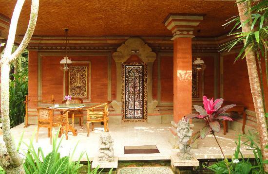 Puri Saraswati Bungalows: la terrasse de notre bungalow