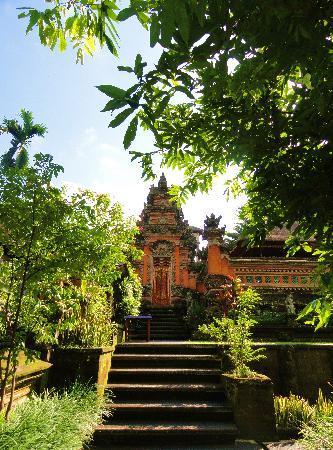 Puri Saraswati Bungalows : le parc