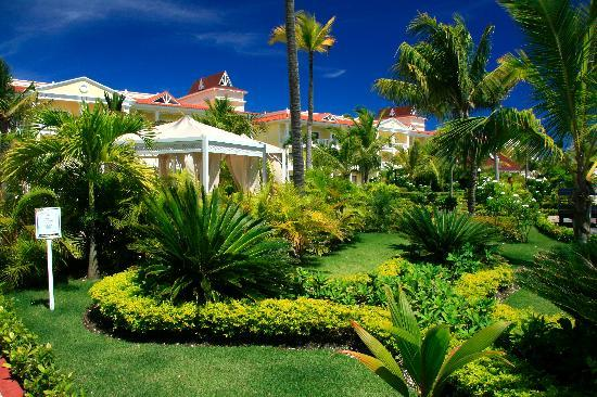 Luxury Bahia Principe Esmeralda Don Pablo Collection : Jardines