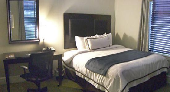 Centennial Hotel : Room