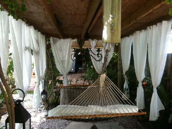 Ed Lugo Resort: R&R