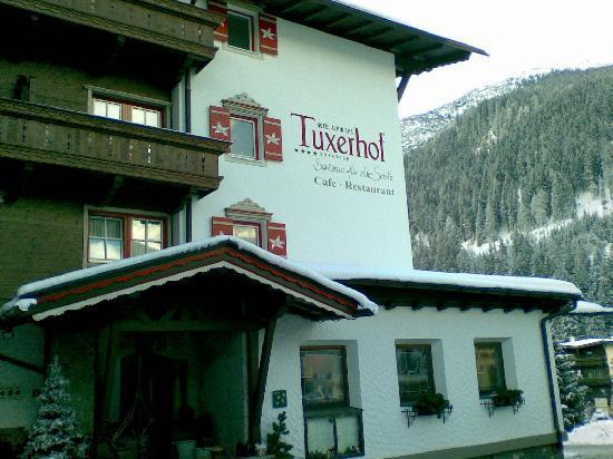 Hotel Alpin Spa Tuxerhof: Hoteleingang