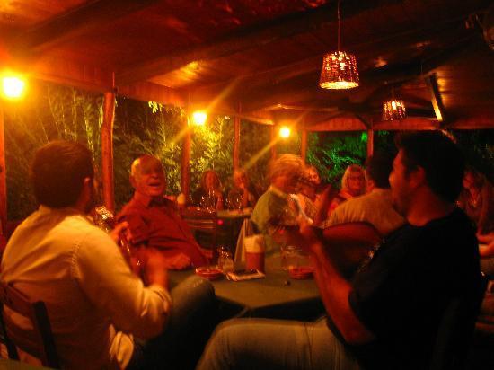 Kostas Brother's: A happy night