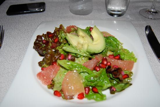 Don Sanchez Restaurante: Grapefruit, avocado and pomegranate salad