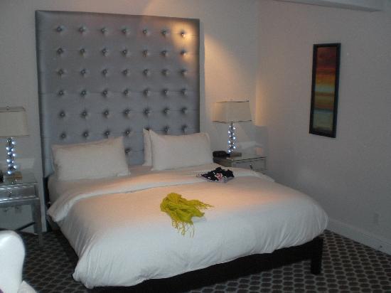 """L.A. Sky Boutique Hotel: la """"nuvola"""" di letto"""