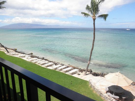 Kaleialoha Condominiums: Our View from #315