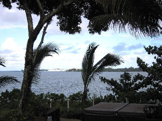 The Bay House: View out from our lanai, over hot tub and out to Hilo Bay