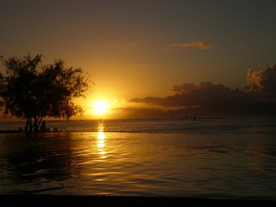 Manava Suite Resort Tahiti : Sunset