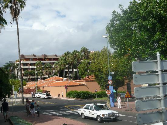 Hotel Botanico & The Oriental Spa Garden: Hotel taken from the botanical gardens