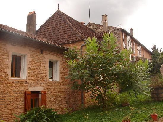 Moulin de Bugy : back garden