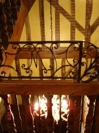 Hotel-Restaurant Le Marius : Inside Hotel
