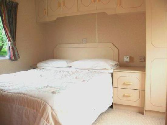 Druimorrin Caravans: inside Orrin - the double bedroom