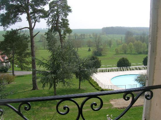 Château de Fère Hôtel & Spa: 部屋の窓から