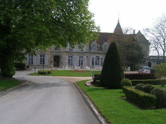 Château de Fère Hôtel & Spa: エントランス