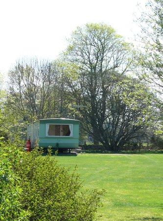 Druimorrin Caravans: outside, with room to breathe