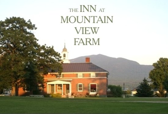 Inn at Mountain View Farm: Glorious views of Burke Mountain!