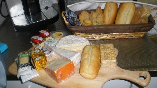 Las Vegas Bed and Breakfast: Cheese Plate!