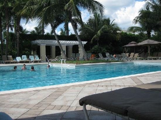 blick vom pool picture of hyatt regency coconut point. Black Bedroom Furniture Sets. Home Design Ideas