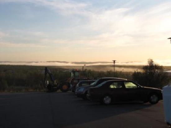 Thon Hotel Kautokeino: View outside the hotel at 04.30 in the morning