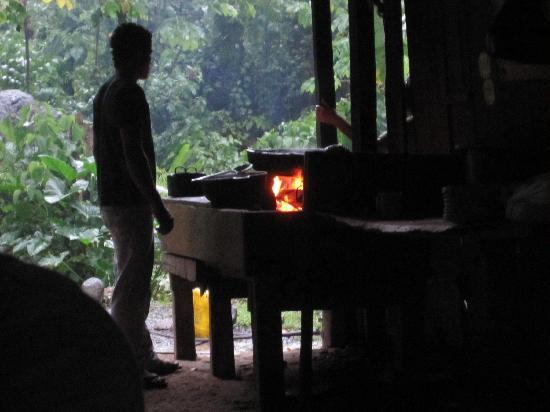Santa Marta District, Colombia: Cooking at camp 2.