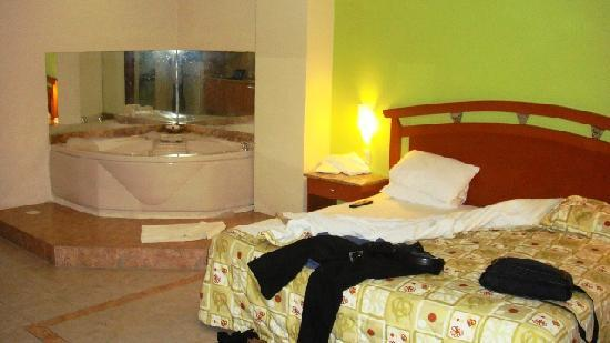 Habitación Con Jacuzzi Picture Of Aurea Hotel And Suites Guadalajara Tripadvisor