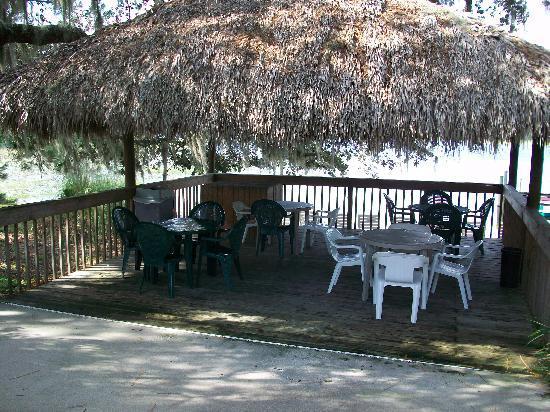 Grand Lake Resort: Bring a snack