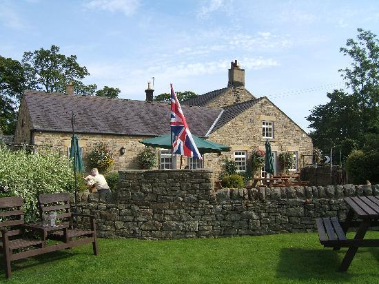 The Boatside Inn: Outdoor area 2 of resturant