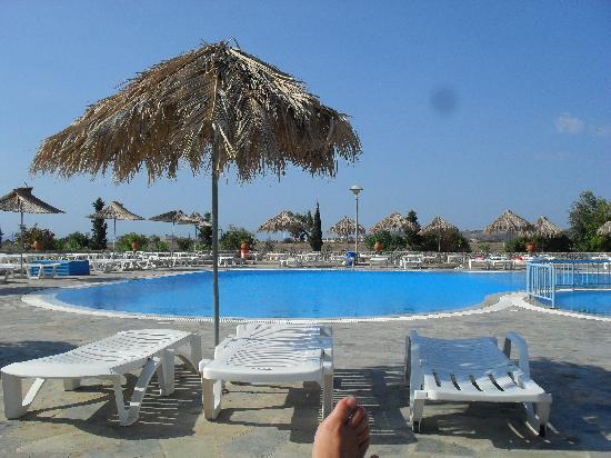 Evripides Village Hotel: The pool
