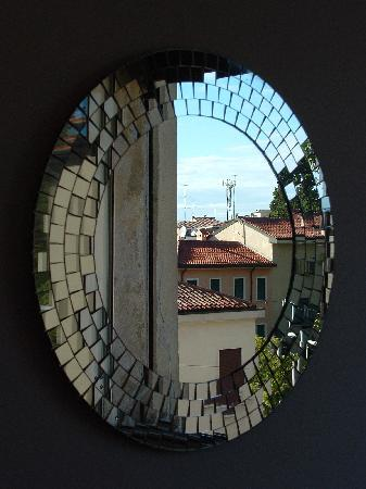 A Casa Di Chiara: view from the mirror :)