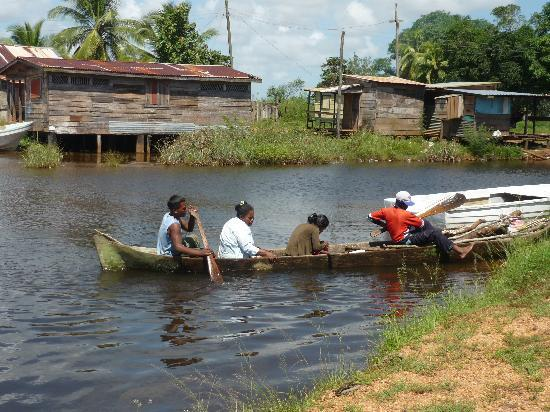 Bilwi, Nicaragua: lamlaya landing