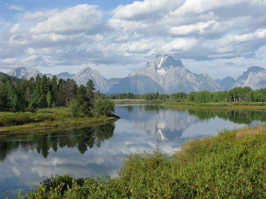 Ana's Grand Excursions : Beautiful Snake River with reflection of Mount Moran and Skillet Glacier