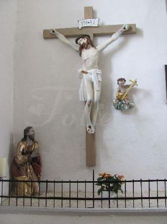 St. Nikolaus: calvary group