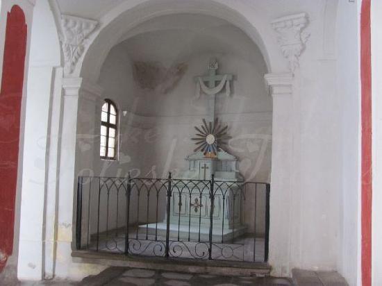 Church of St. James (Kostel sv. Jakuba): small side chapel