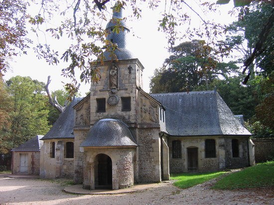 La Petite Folie: We walked to Notre Dame de Grace at the top of the hill overlooking Honfleur.
