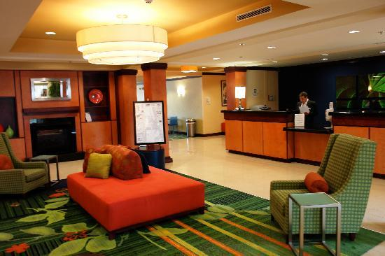 ‪‪Fairfield Inn & Suites by Marriott Titusville Kennedy Space Center‬: The Hotel Lobby‬