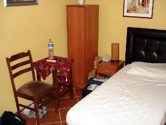Cosmopolitan Park Hotel: Twin Room