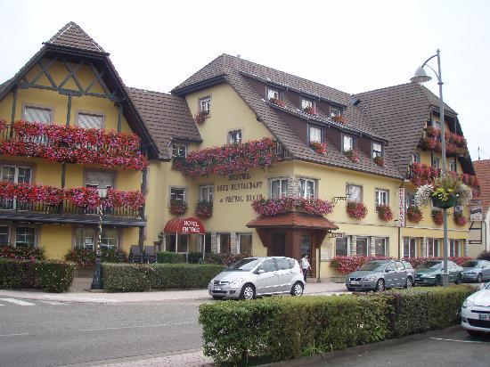 facade picture of best western au cheval blanc mulhouse nord baldersheim tripadvisor. Black Bedroom Furniture Sets. Home Design Ideas