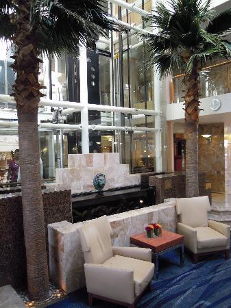 Radisson Blu Hotel Waterfront, Cape Town: weiteres Bild der Empfangshalle