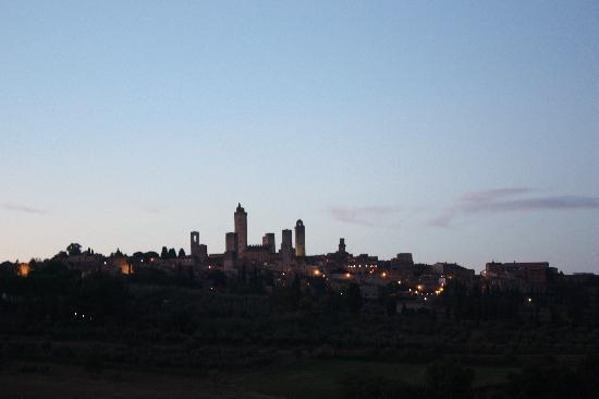 Fattoria Abbazia Monte Oliveto: Vista desde el dormitorio