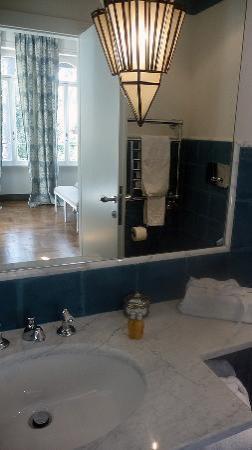 Hotel Villa Linneo: Bathroom