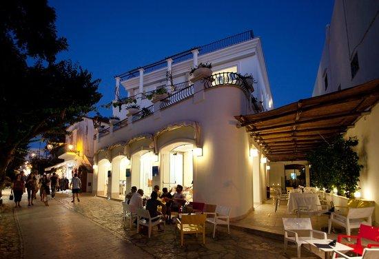 Melia Villa Capri Hotel & Spa: ingresso entrance
