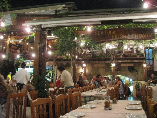 Romeo Restaurant: Am frühen Abend ist es noch ziemlich leer