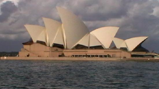 Sídney, Australia: Fuzzy but my pic of the Opera House.. said to be a Spectacularly Lit - view at Night