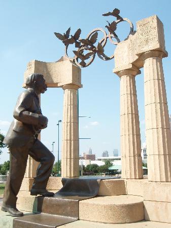 Atlanta, GA: Statue von Pemberton