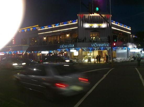 Auckland Central, Nueva Zelanda: Great dining along the long strip of Tamaki Drive